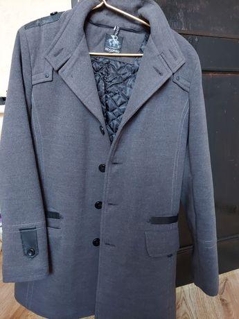 продам мужское теплое пальто.