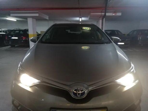 Toyota Auris 1.8 Hibrido Exclusive - full extras - Negociável