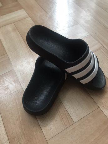 Klapki dla chlopca Adidas, rozm. 29, cena 45 zl z przesylką!