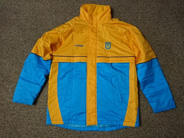 Продам экиперовочную зимнюю куртку