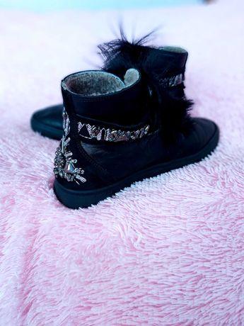 Кожаные теплые ботинки