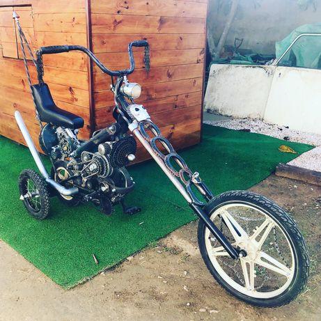 Bicicleta a pedal 4 rodas