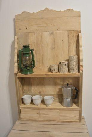 Drewniana Półka z szufladkami.