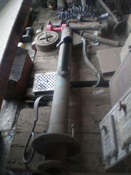 Nogi żeliwne do ławki oraz Nogi od Maszyny na Stolik studnie donice