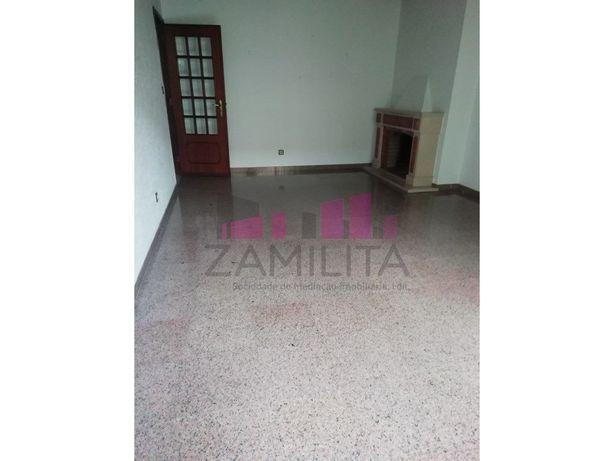 Apartamento T2 em Belém para arrendar