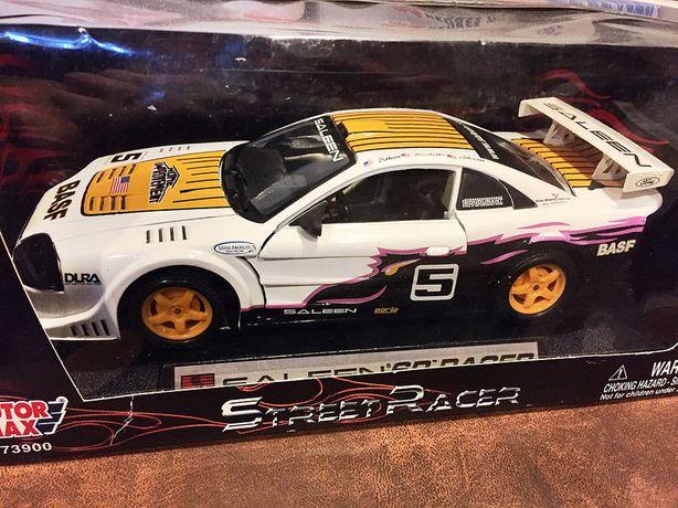 Mustang Saleen SR 1:18 escala MotorMax