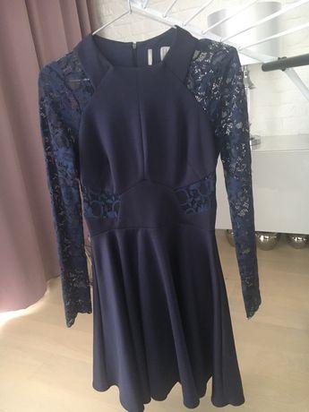 Sukienka z koronka