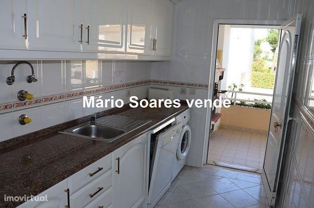 ALBUFEIRA - GALÉ - T0 transformado em T1 condomínio com piscina