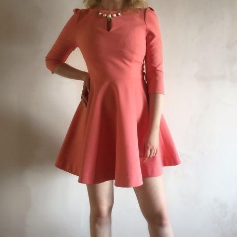 Платье миди розового цвета