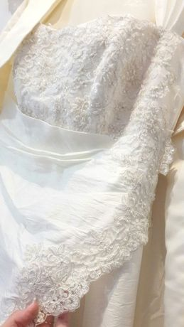 Свадебное платье, цвет айвори, продам