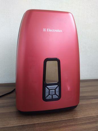 Зволожувач повітря Electrolux EHU5525D