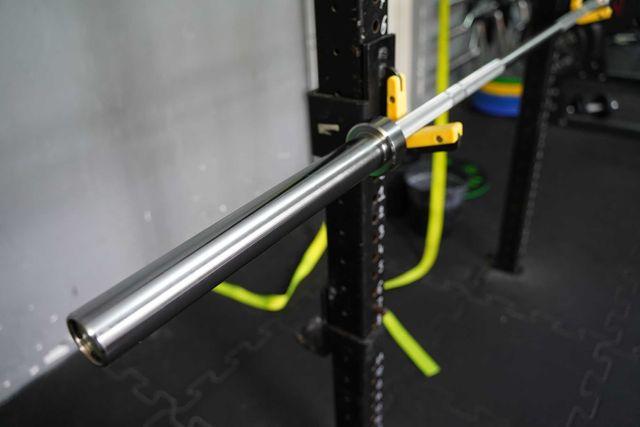 Sztanga olimpijska Gryf olimpijski 20 kg 220 cm