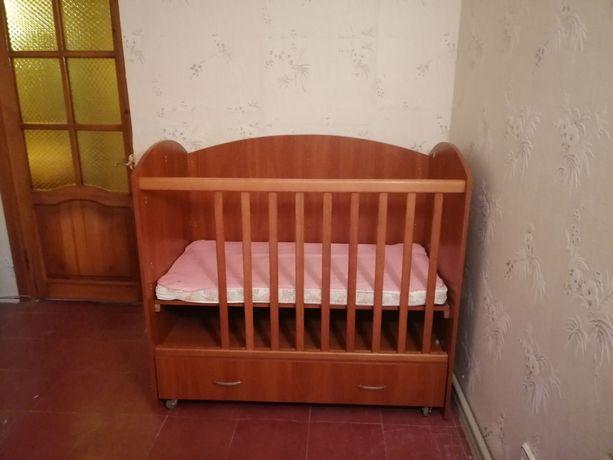 Кроватка дктская