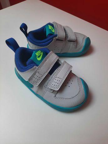 Sprzedam dziecięce buty nike rozmiar 21