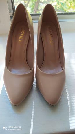 Продам туфли 700 гр