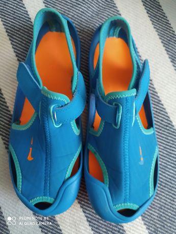 Sandałki niebiesko - pomarańczowe Nike rozmiar 32 (20cm)