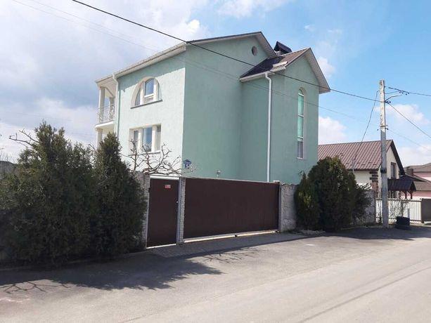 Продається будинок у районі 'Царське село'.