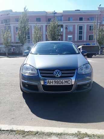 Продам  Volkswagen Jetta 1.6 Fsi 115 л.с