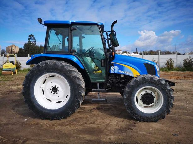 New Holland T5070 Tractor