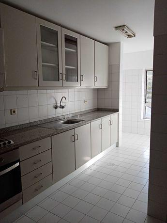 Apartamento T3 em s. João da Madeira