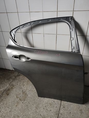 задняя правая стекло дверь форточка alfa romeo stelvio, камера зад.