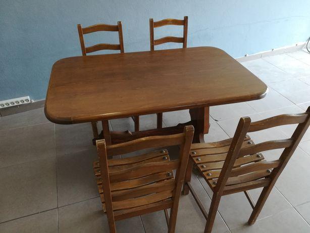 Mesa e Cadeiras (Carvalho)