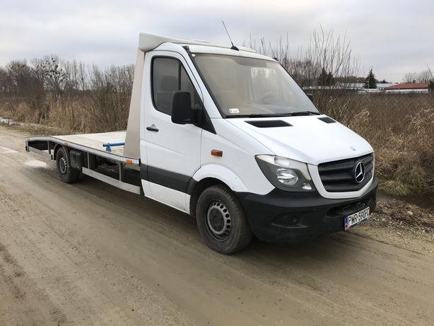 Autolaweta najazd laweta wynajem transport Mercedes Sprinter