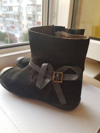 Замш осінні чобітки як нові 19 см