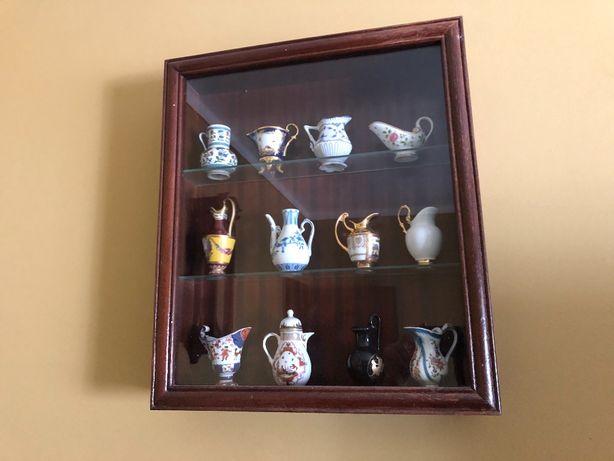 Coleção de jarros miniatura de porcelana (Philae)