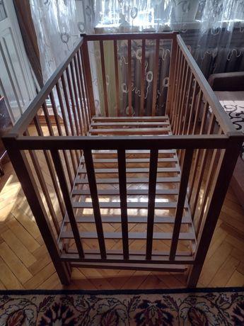Ліжечко для немовлят