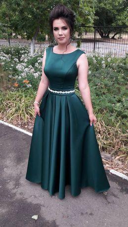 Платье на выпускной вечернее