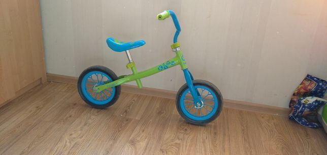 Продам велобег срочно