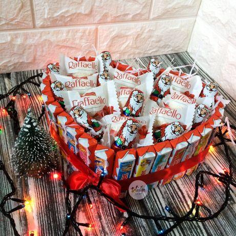 Подарки из конфет на новый год, торт с киндеров, подарок девушке, маме