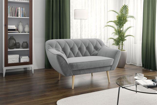 Skandynawska sofa dwuosobowa - srebrzysta szarość