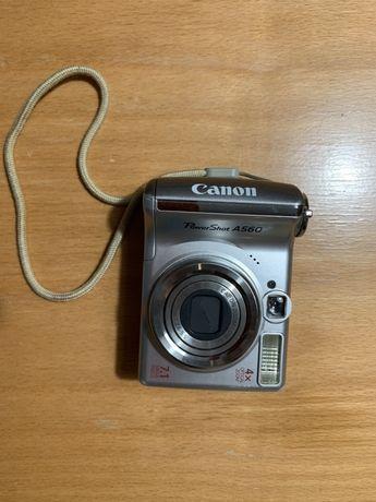 Aparat fotograficzny Canon Power Shot A 560 pokrowiec