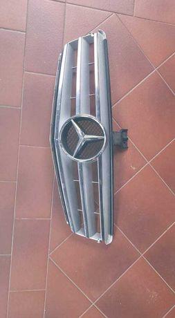 Gril Mercedes C Klasa 204