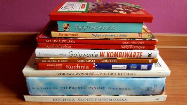 Zbiór 12 książek kulinarnych