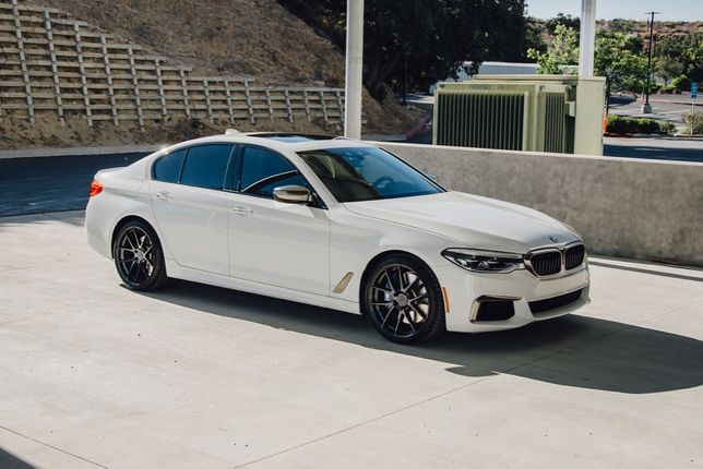 BMW 5 limuzyna auto wynajem do ślubu, na wesele, vip