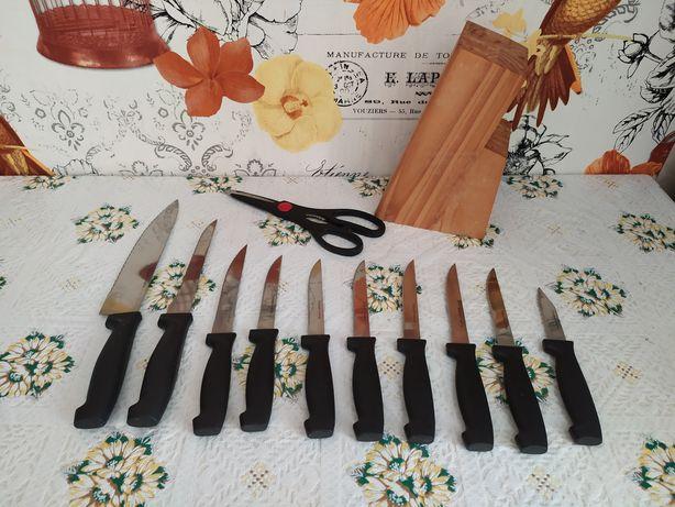 Набор ножей Rostfrei Edelstahl (Германия) и ножницы, с подставкой