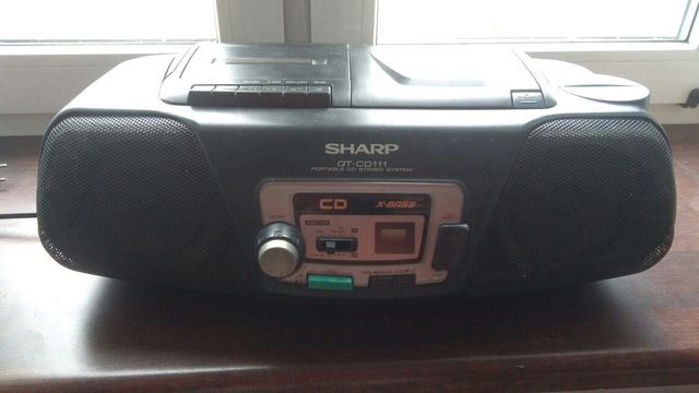Sharp QT- CD 111, X- BASS, radiomagnetofon z CD