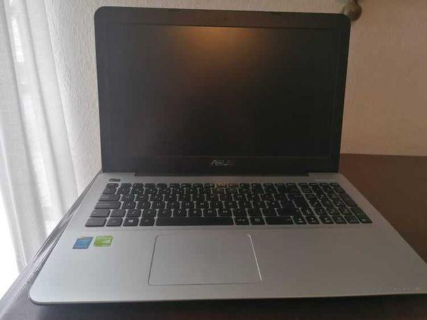 Portatil Asus  Intel i5/Geforce 920M / 6 Gb ram/ 250 Gb SSD