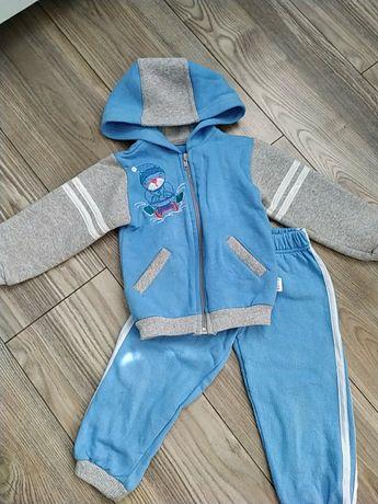 Кофта джинсы костюм туфли ботинки на мальчика 2-3 года