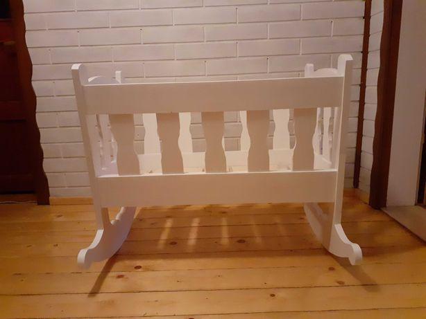Kołyska biała drewniana