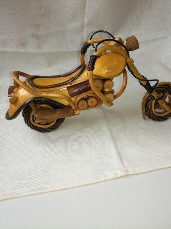 Moto em madeira - artesanato