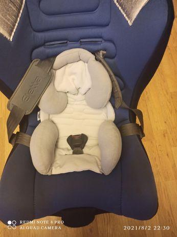 Крісло Chicco для перевозки деток с рожденяя до 3-х