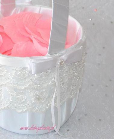 Koszyk biały koronka