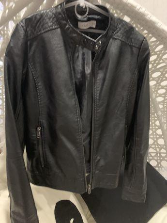 Курточка  на девочку ОVS, размер 152