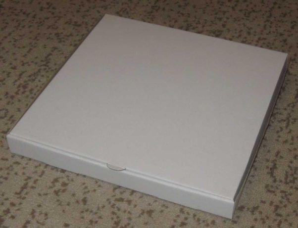 Коробка плоская, квадратная, для упаковки подарков.Новая.Своя,остатки