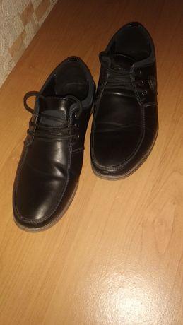 Продам туфли-мокасины на подростка, размер 39