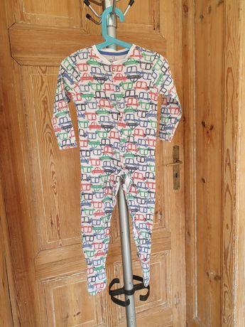 Pajacyk piżamka , na stopach antyposlizgi, rozmiar 92